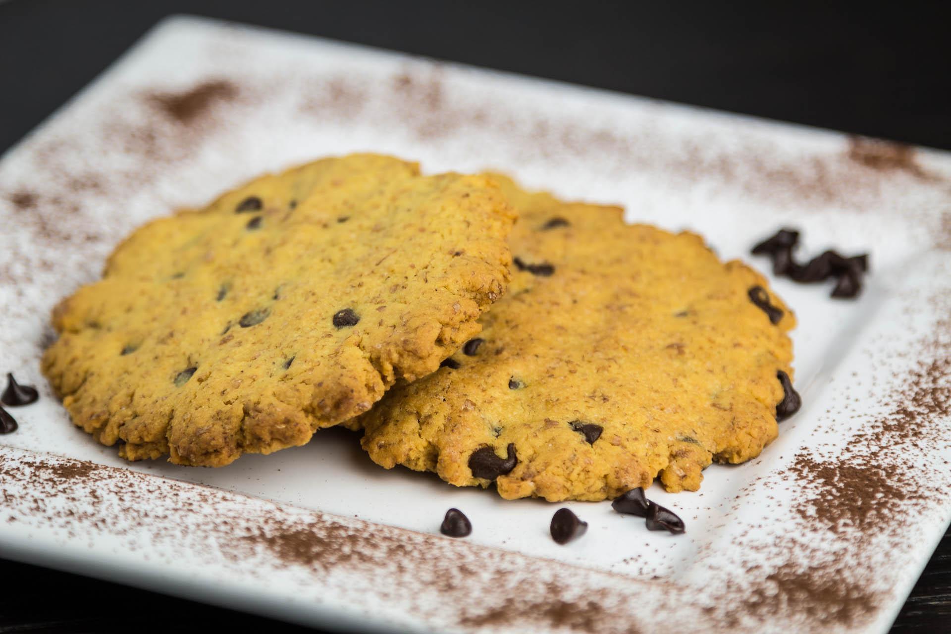 Biscotti integrali con gocce di cioccolata