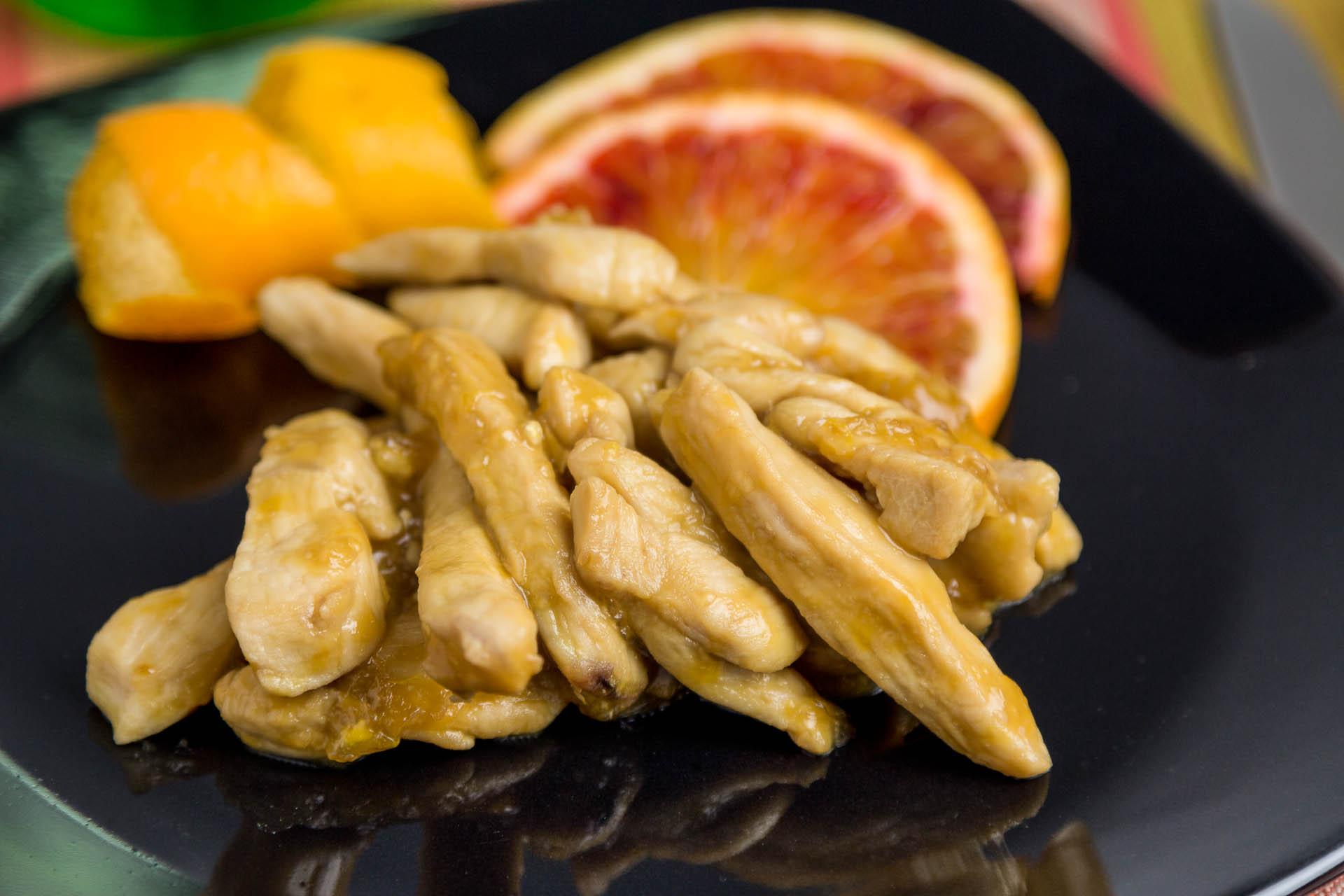 Straccetti di pollo all'arancia